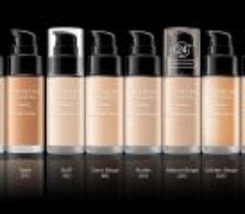 Revlon renova sua base líquida best-seller ColorStay.