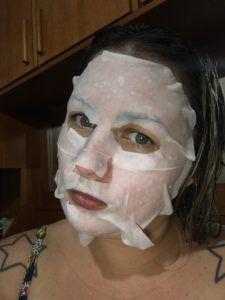 Durante aplicação Máscara Facial Syn-Ake