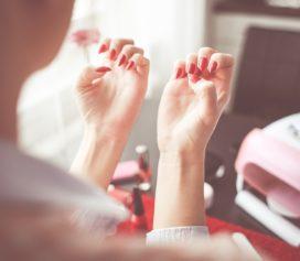Dicas do especialista Ikesaki para ter belas unhas.