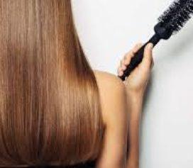 Cuide do seu cabelo no outono.